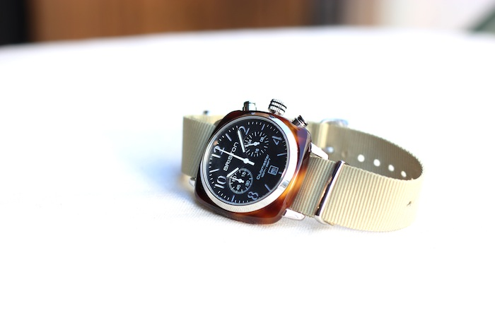 CHRONOGRAPH DATE   (¥35,500+tax)