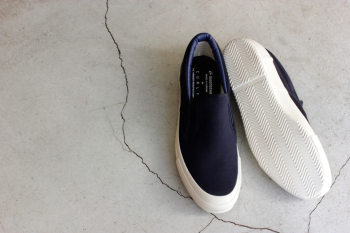 NP CLOUDY VULC SLIP-ON NAVY COLOR-