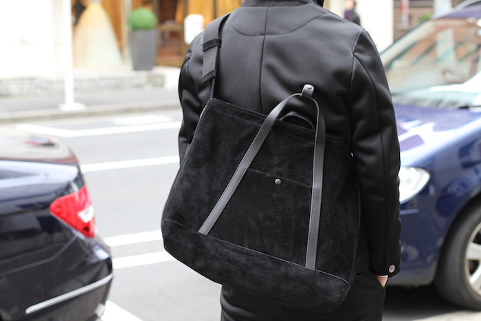 TRACK SET UP ×  STANDING 2WAY BAG